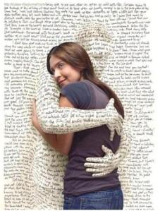 abrazando-muchacha
